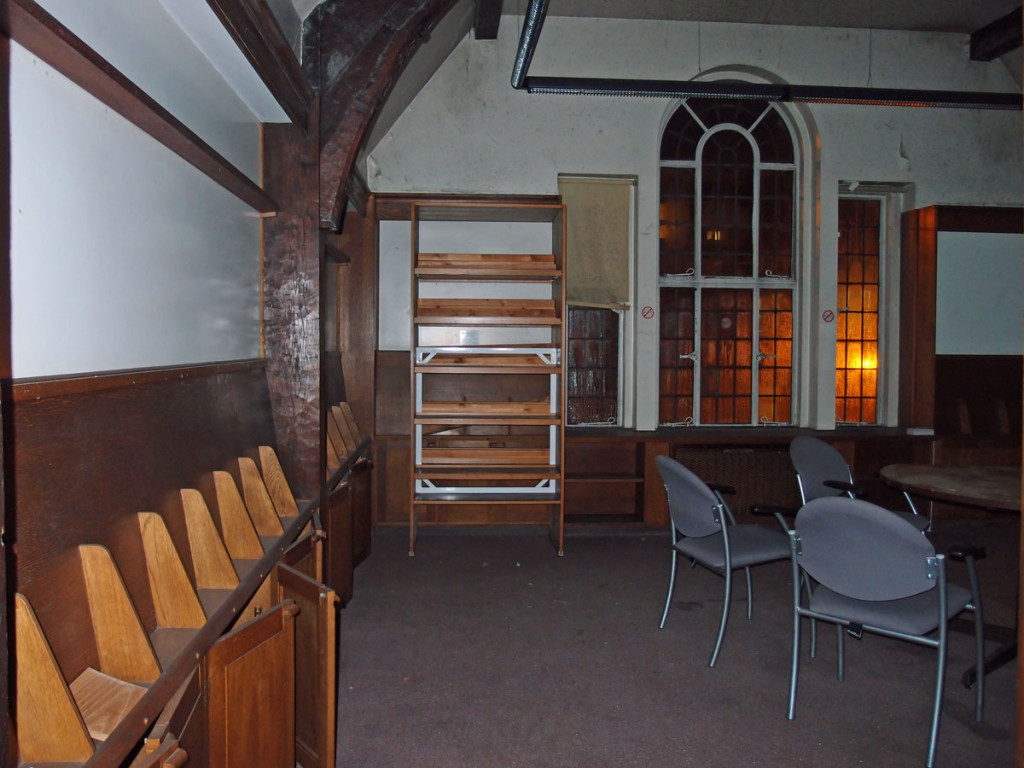 Interior view, first floor, Joseph Rowntree Memorial Library