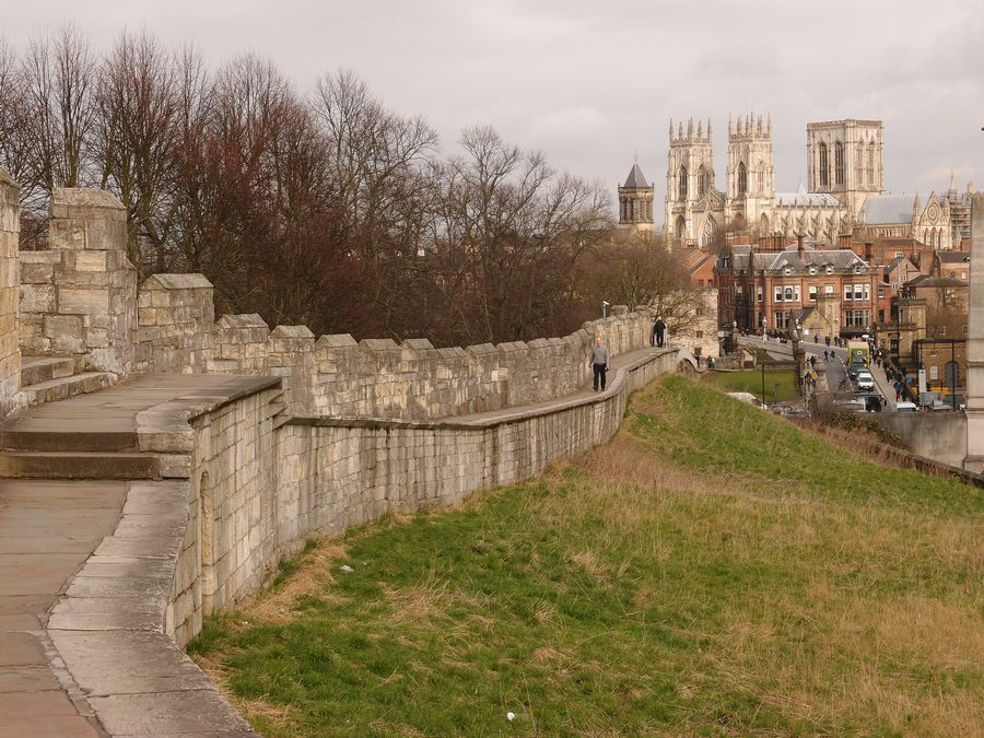 View towards the Minster from the walls by York station, 13 March 2018
