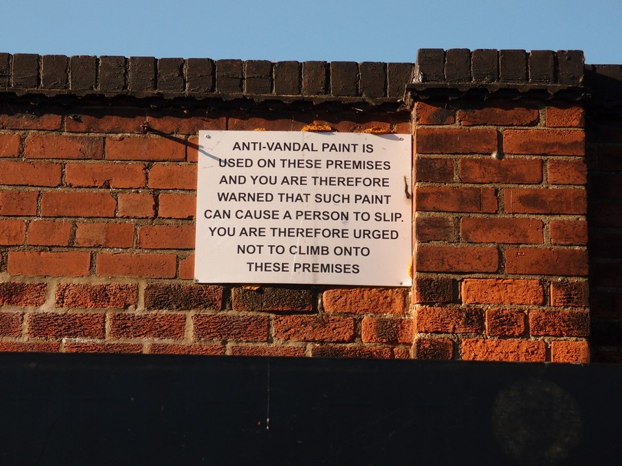 Sign on disused boathouse, 5 May 2017