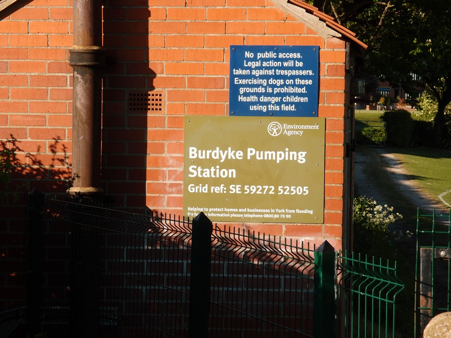 Burdyke pumping station, Clifton riverside, 5 May 2017