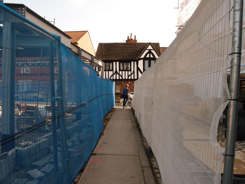 Building site alongside Spread Eagle pub
