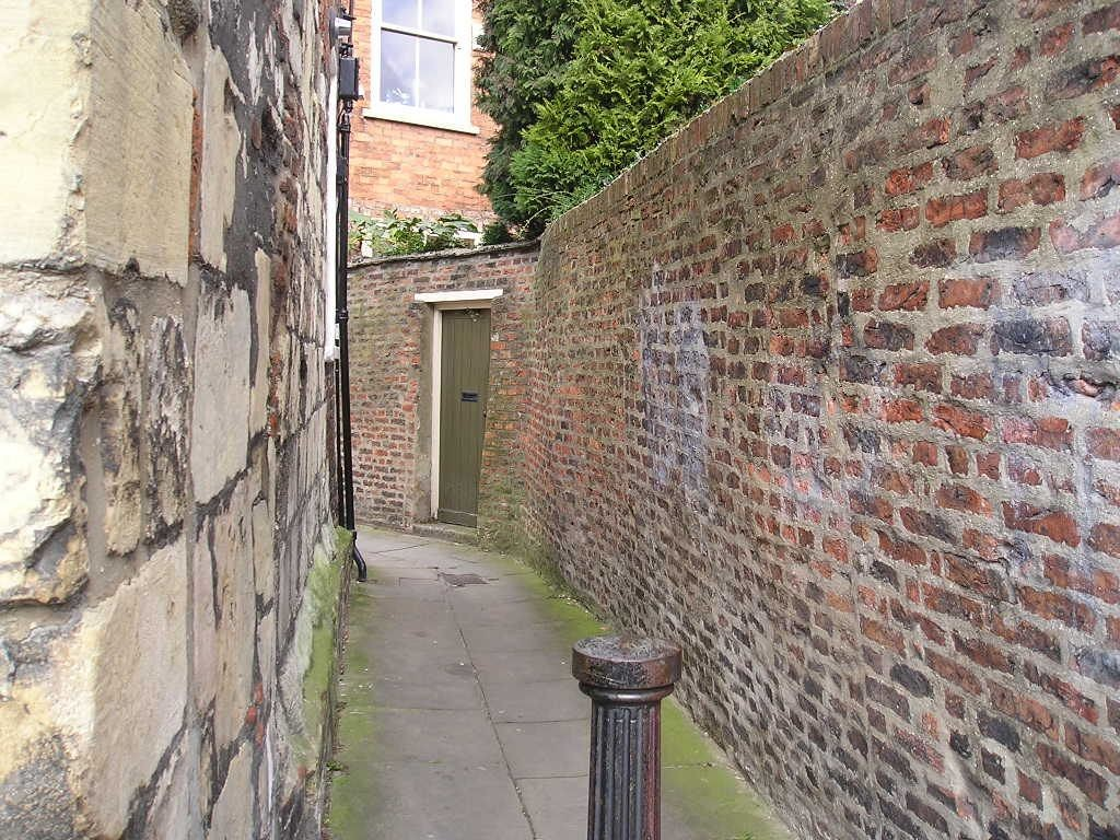 Alleyway off St Andrewgate, March 2004