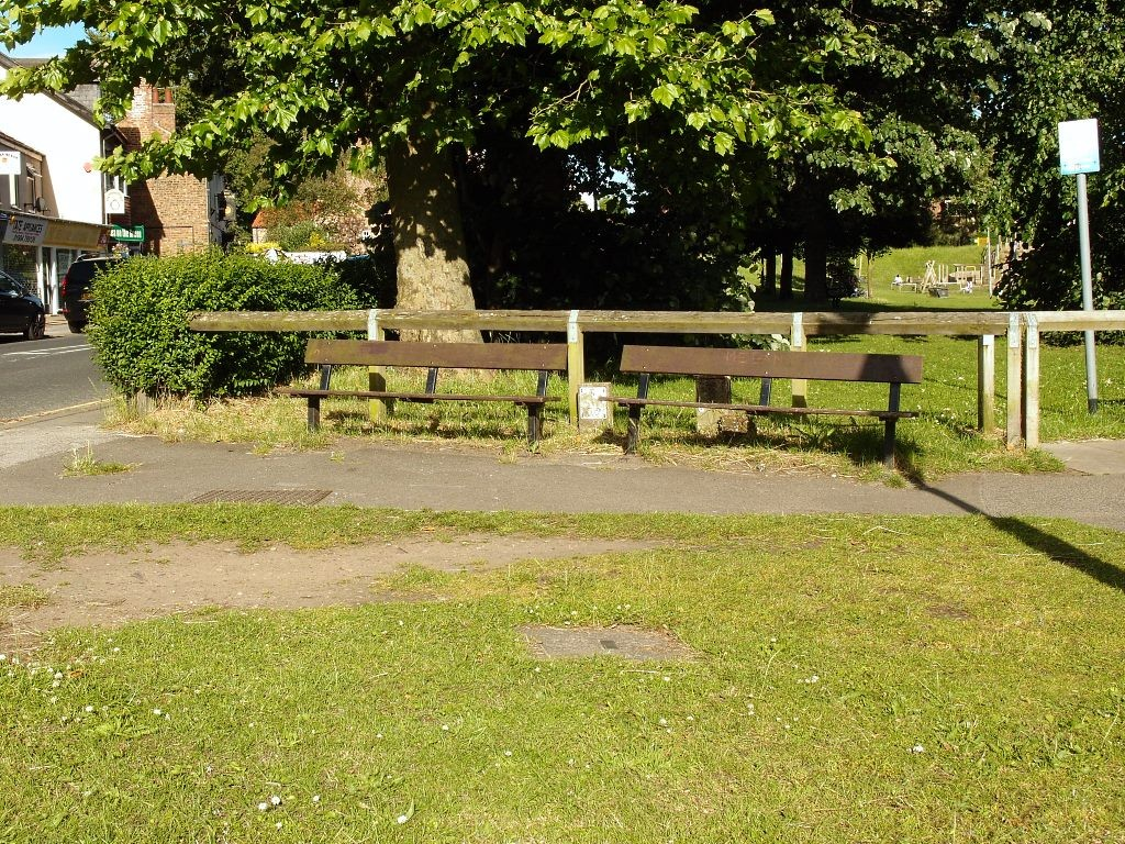 Benches by Acomb Green, 3 July 2016