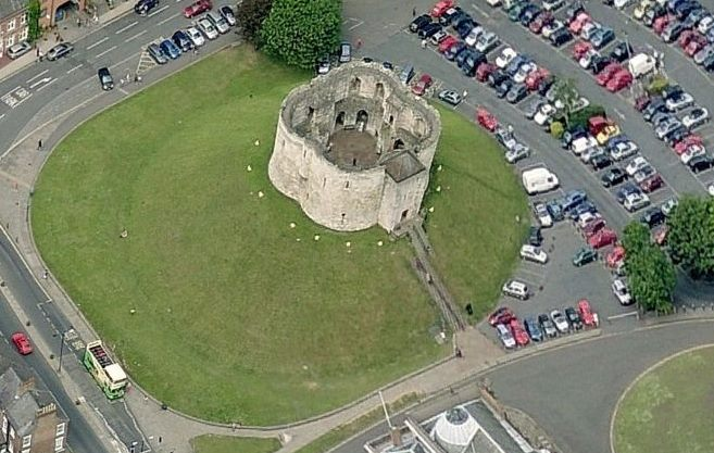 bing-maps-birds-eye-cliffords-tower