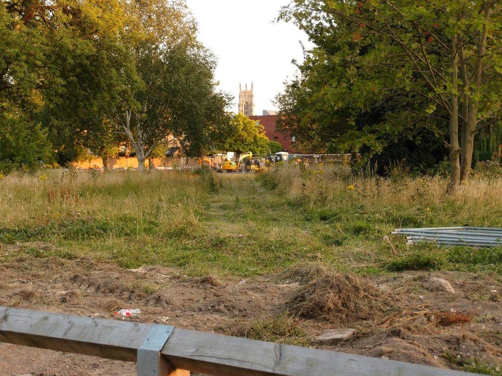 Across the Bootham Park Court site, 12 Aug 2015