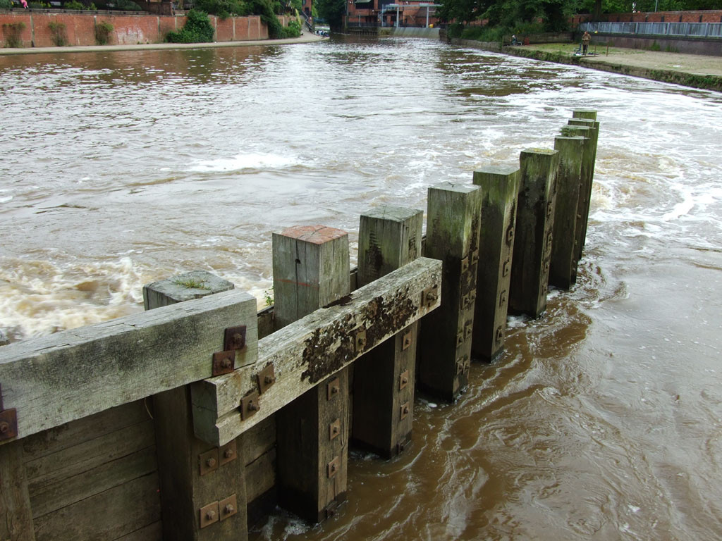 Foss Basin, by Castle Mills, 16 July 2007