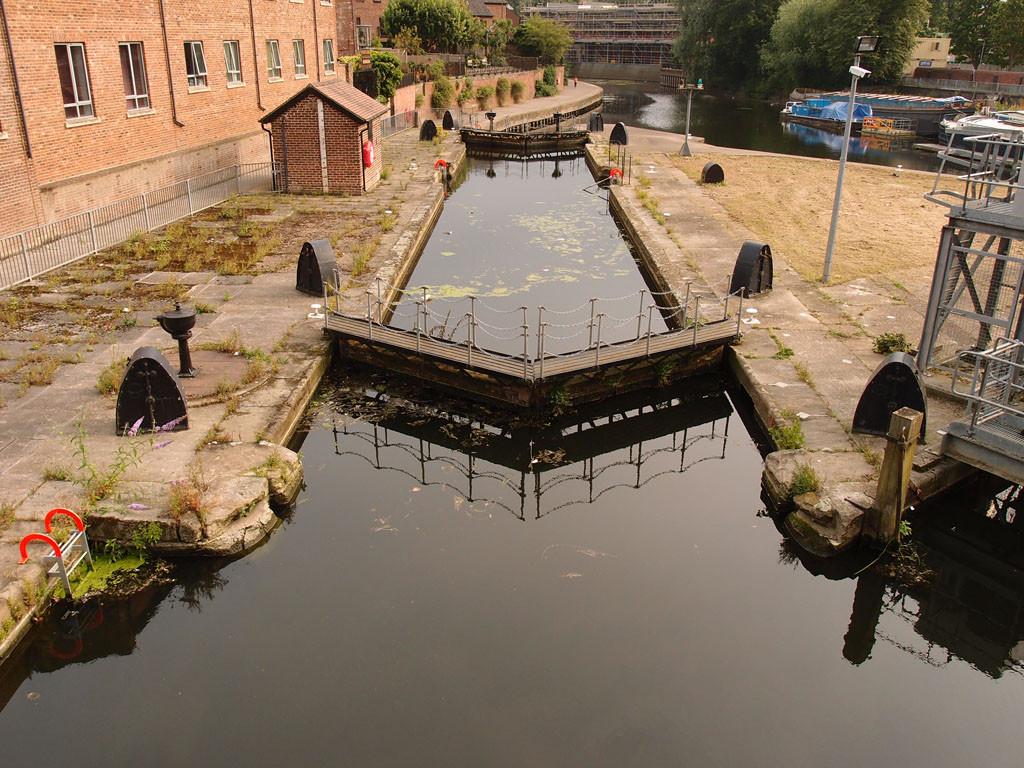 Castle Mills lock from Castle Mills Bridge, 19 July 2017
