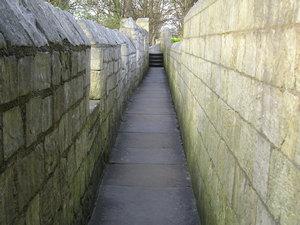 city_walls-1_190406_300