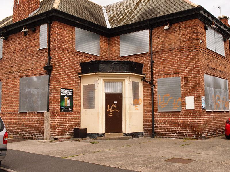 Corner House, Burton Stone Lane, 24 May 2015