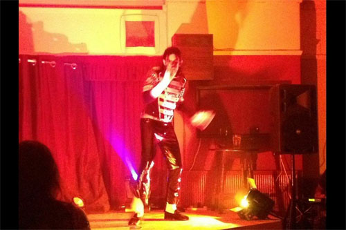 Gig, Michael Jackson tribute