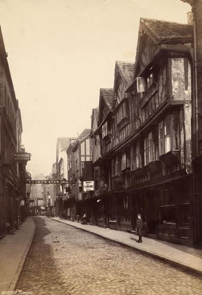 Stonegate, 1880s (Photo: Explore York Libraries and Archives)