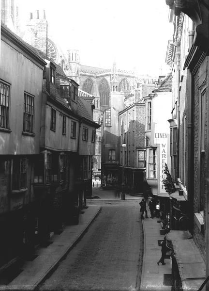 Stonegate, 1904. (Photo: Explore York Libraries and Archives)