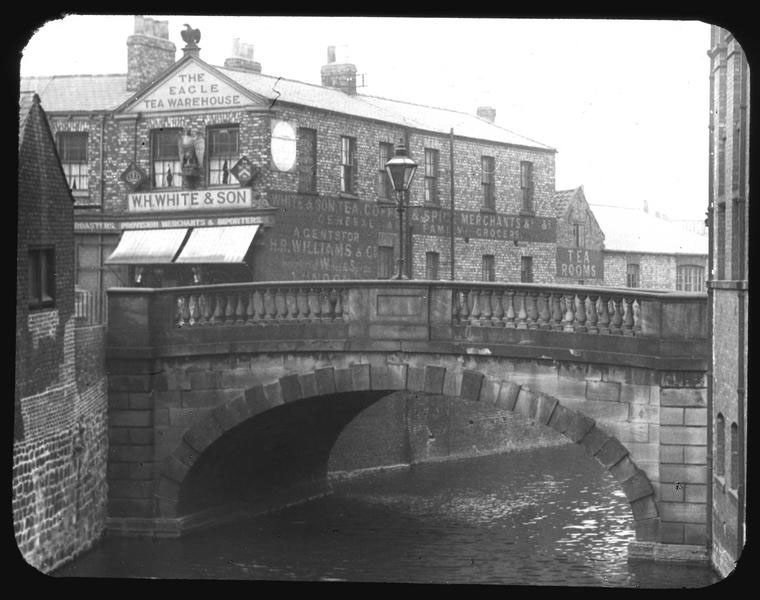 Fossgate Bridge and impressive signage: get your tea here. (c) City of York Council