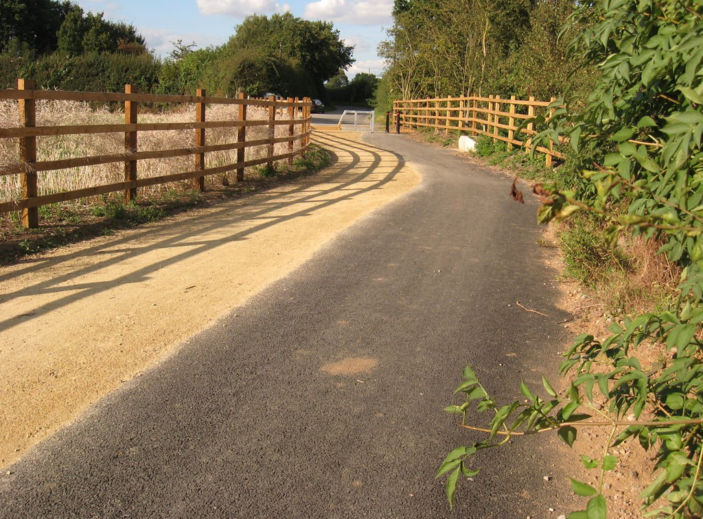 New cycle track by ringroad, near Knapton, Sept 2019