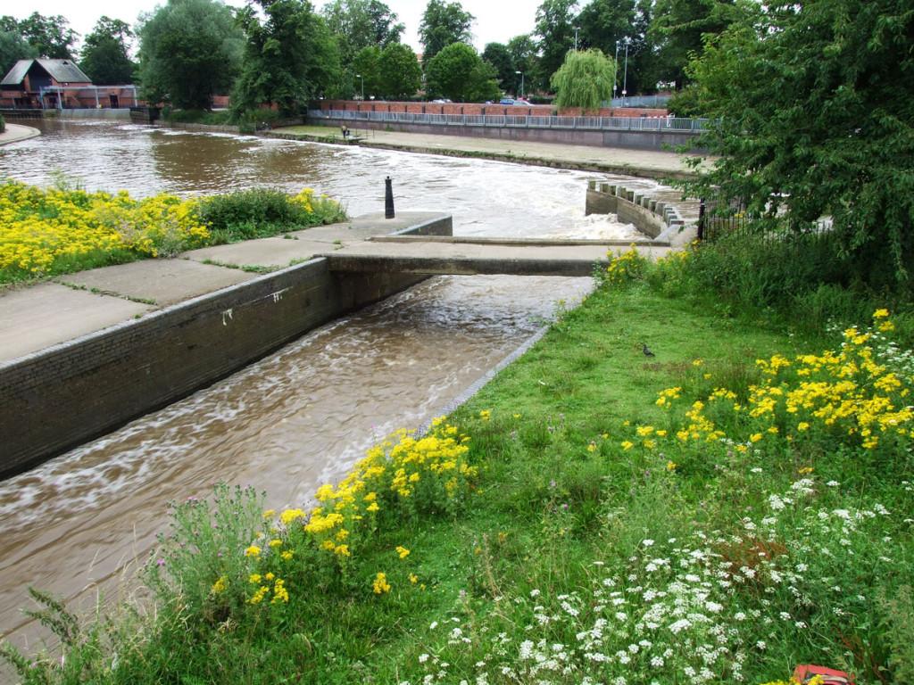 Foss Basin from Castle Mills Bridge, 16 July 2007
