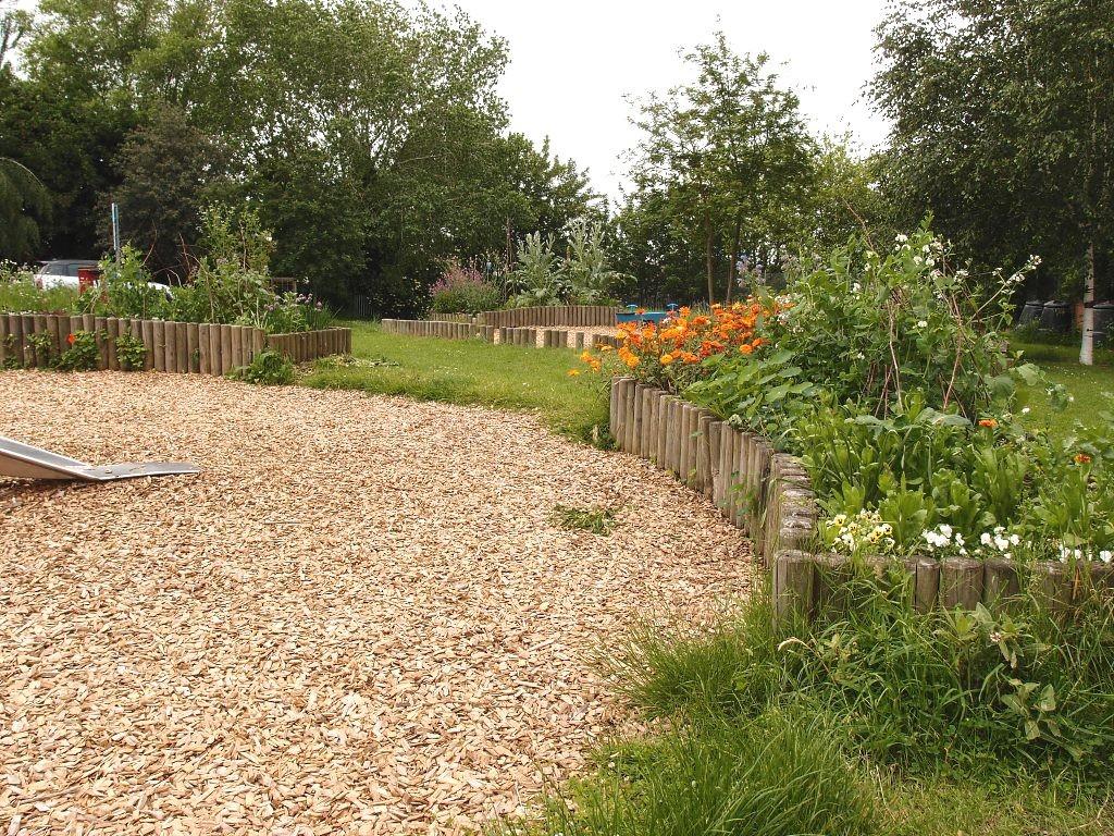 Upper St Paul's community garden, 16 June 2016
