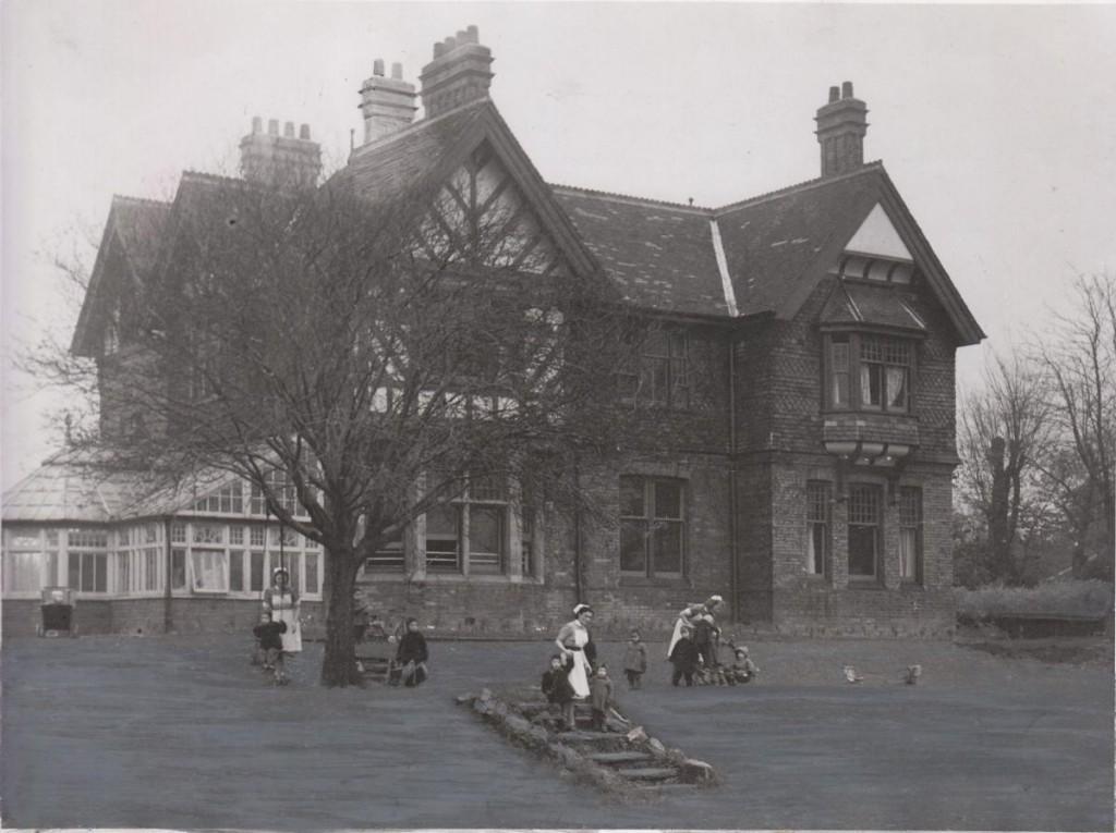 godfrey-walker-home-acomb-evening-press-nov-1948