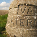 Wolds wander – waymarkers, boundary stones