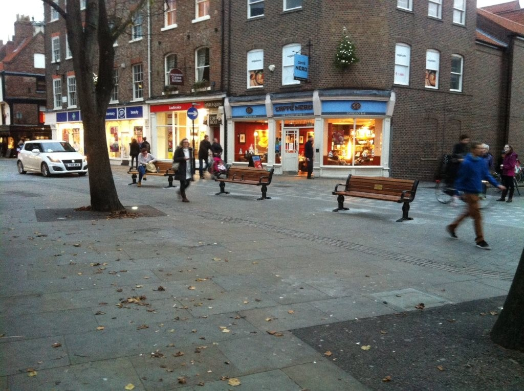 kings-square-benches-relocated-1-rcoll-111115