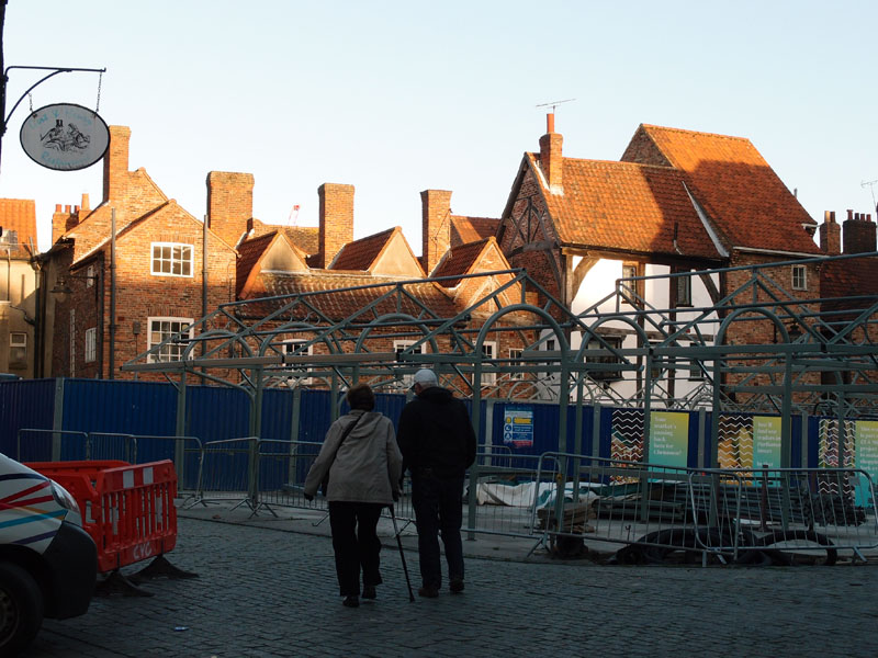Across Newgate marketplace, 21 Oct 2014