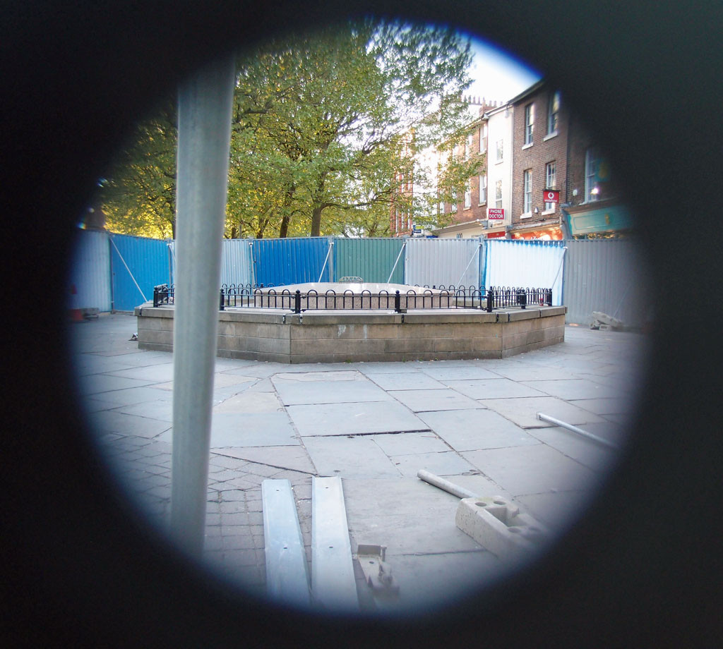 The soon to be demolished Parliament Street fountain, 14 May 2018