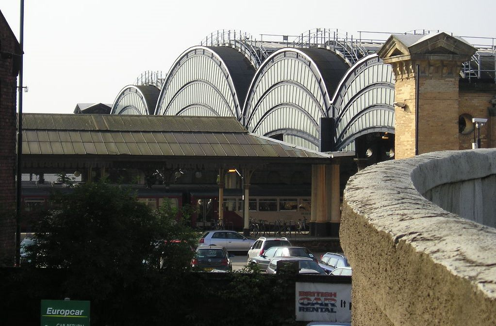 Station from Queen Street, 1 Aug 2004