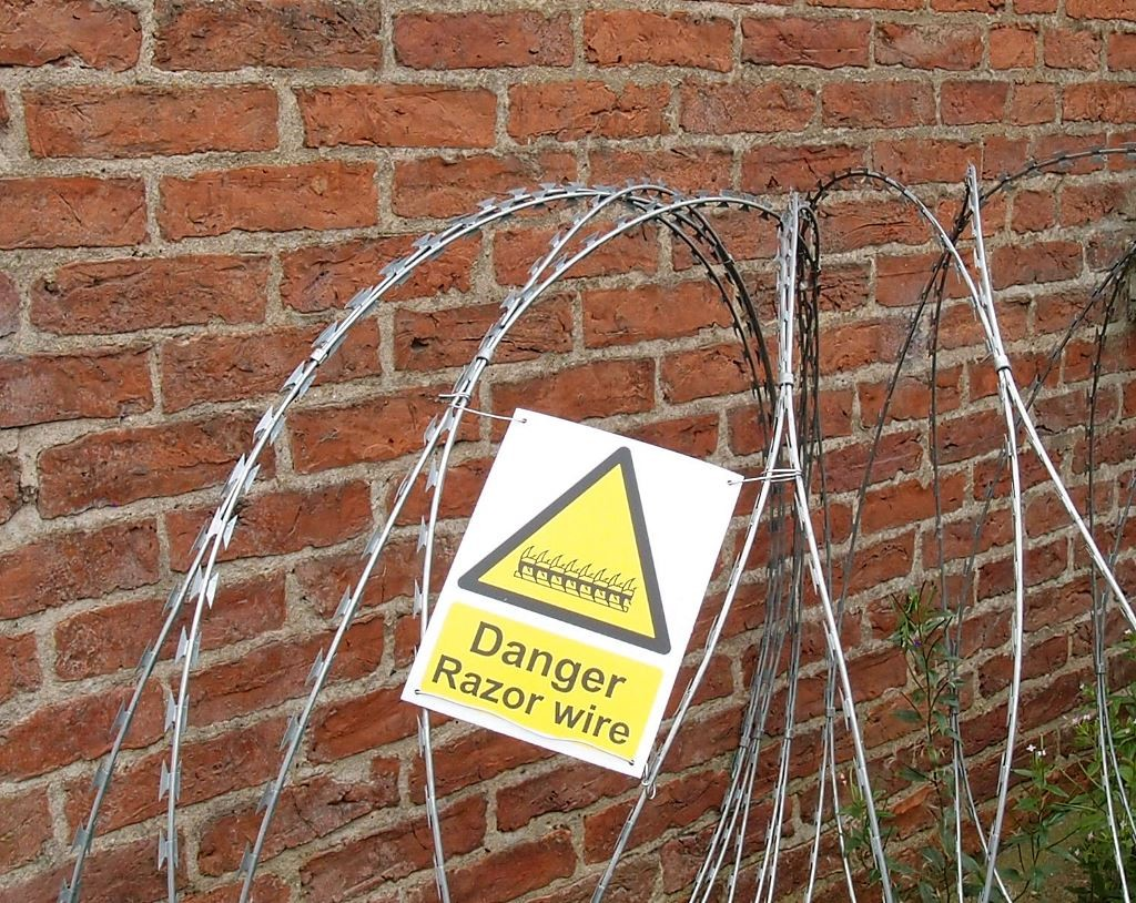 What would Mr Rowntree have said? Razor wire by the Memorial Library, Sept 2016