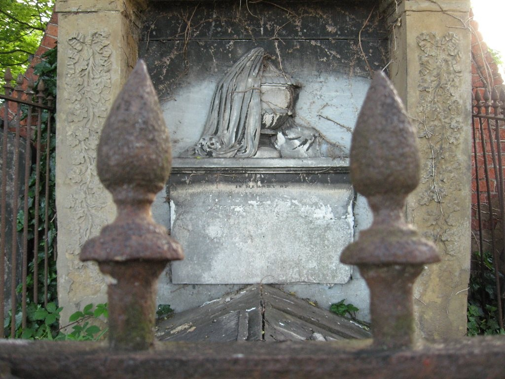 Rigg family monument, St Lawrence's churchyard, 2 June 2011