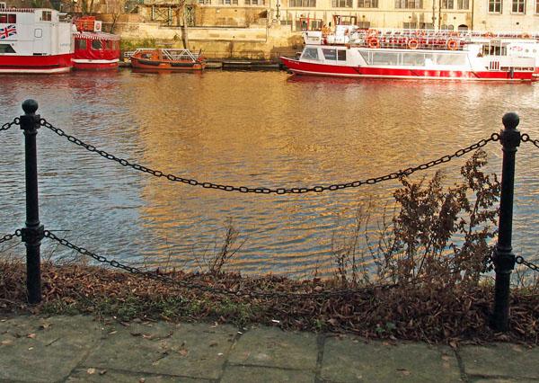Riverside fencing, opposite Guildhall, Dec 2014