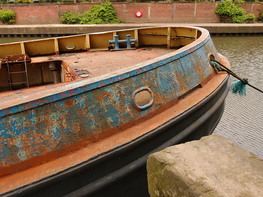 Selby Tony (Arts Barge) in the Foss Basin, May 2016 (3)