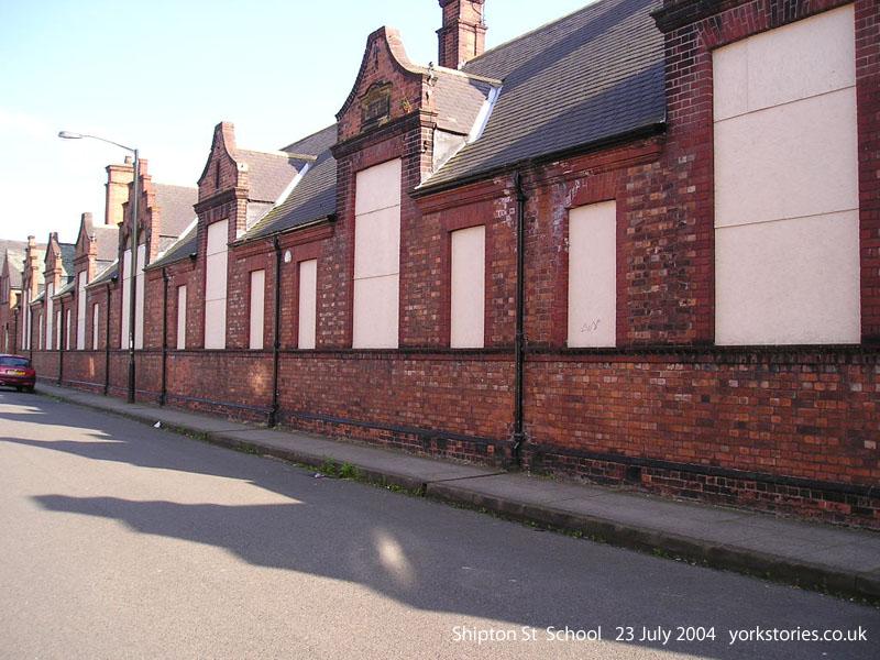 Shipton St School, 2004