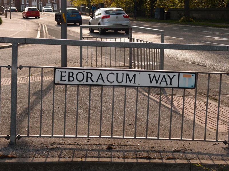 sign-eboracum-way-220417-800.jpg