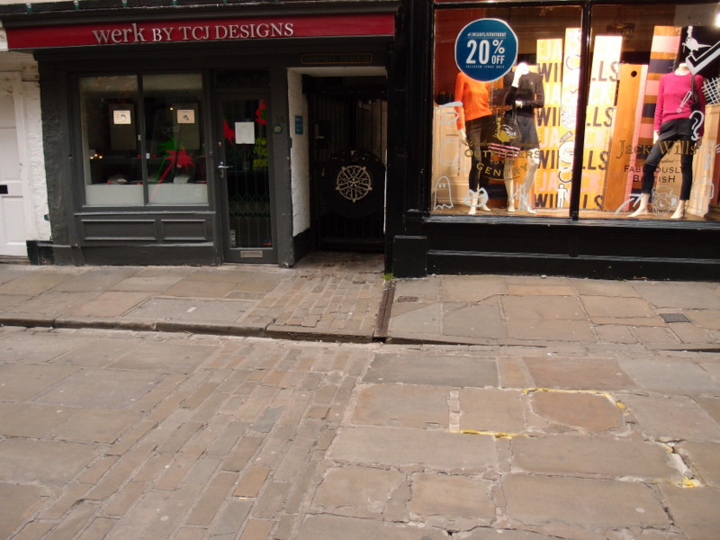 Stonegate, entrance to Hornby's Passage, 9 Sept 2015
