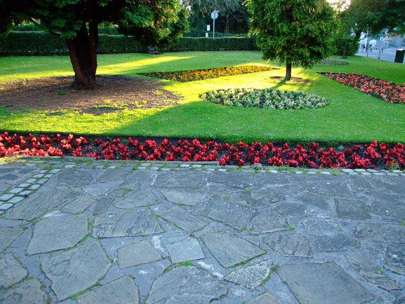 triangular-gardens-leeman-rd-3-270607-800