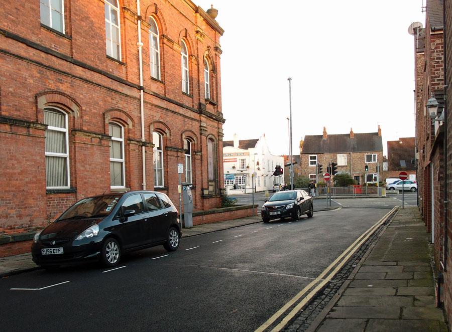 From Union Terrace, Groves Chapel on left, Nov 2014