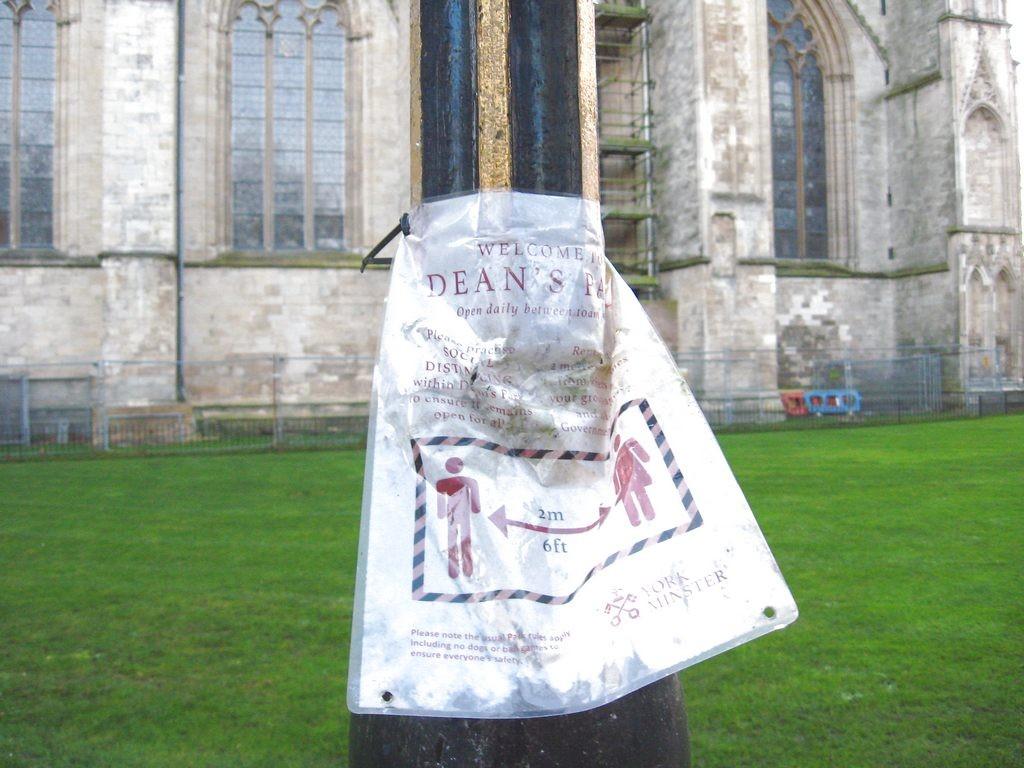 Sign, Dean's Park, 2 Dec 2020